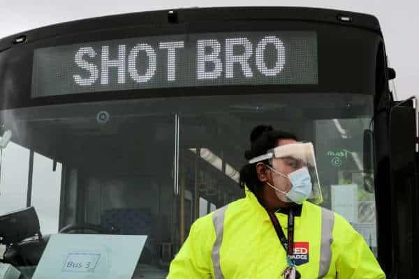 Shot Bro' buses sent out to vacinate - Kiwi Kids News